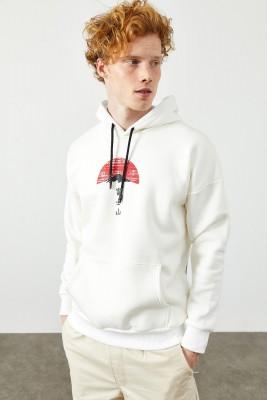 Beyaz Arkası Baskı Detaylı Kapüşonlu Sweatshirt 2KXE8-45367-01 - Thumbnail