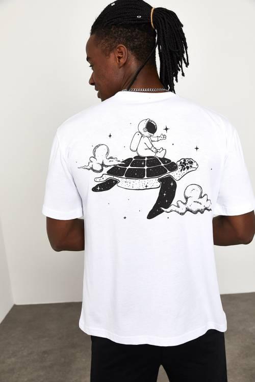 XHAN - Beyaz Arkası Baskılı T-shirt 1YXE1-44947-01