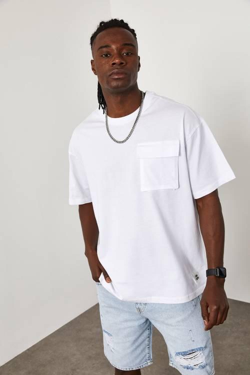 XHAN - Beyaz Cep Detaylı Oversize T-Shirt 1YXE1-45086-01