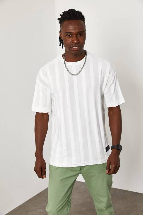XHAN - Beyaz Çizgi Detaylı İnce Örme T-Shirt 1YXE1-45087-01