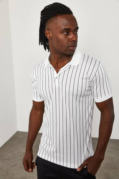 XHAN - Beyaz Çizgili Polo Yaka T-Shirt 1YXE1-45096-01