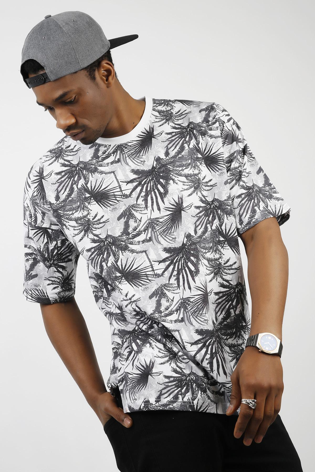 XHAN - Beyaz Desenli Oversize T-Shirt 1KXE1-44729-01