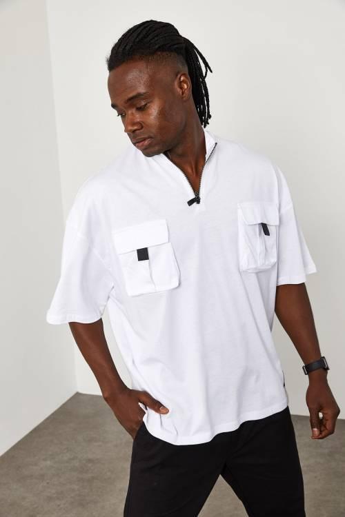 XHAN - Beyaz Fermuar & Cep Detaylı Oversize T-Shirt 1YXE1-45085-01