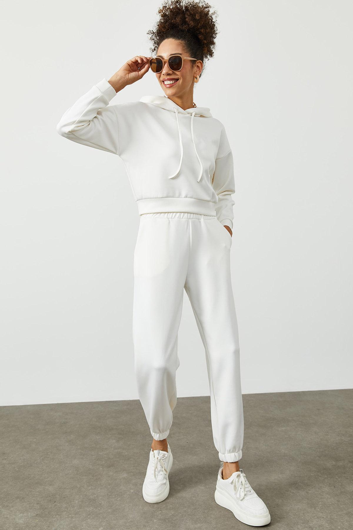Beyaz Kapüşonlü Eşofman Takımı 2KXK8-45392-01