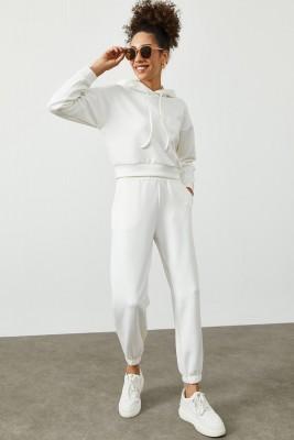 Beyaz Kapüşonlü Eşofman Takımı 2KXK8-45392-01 - Thumbnail