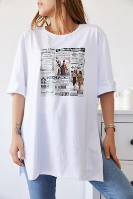 XHAN - Gazete Baskılı Boyfriend Yırtmaçlı Tişört 9KXK1-43319-01