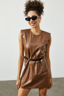 Kahverengi Vatkalı & Kemerli Deri Elbise 2KXK6-45393-18 - Thumbnail