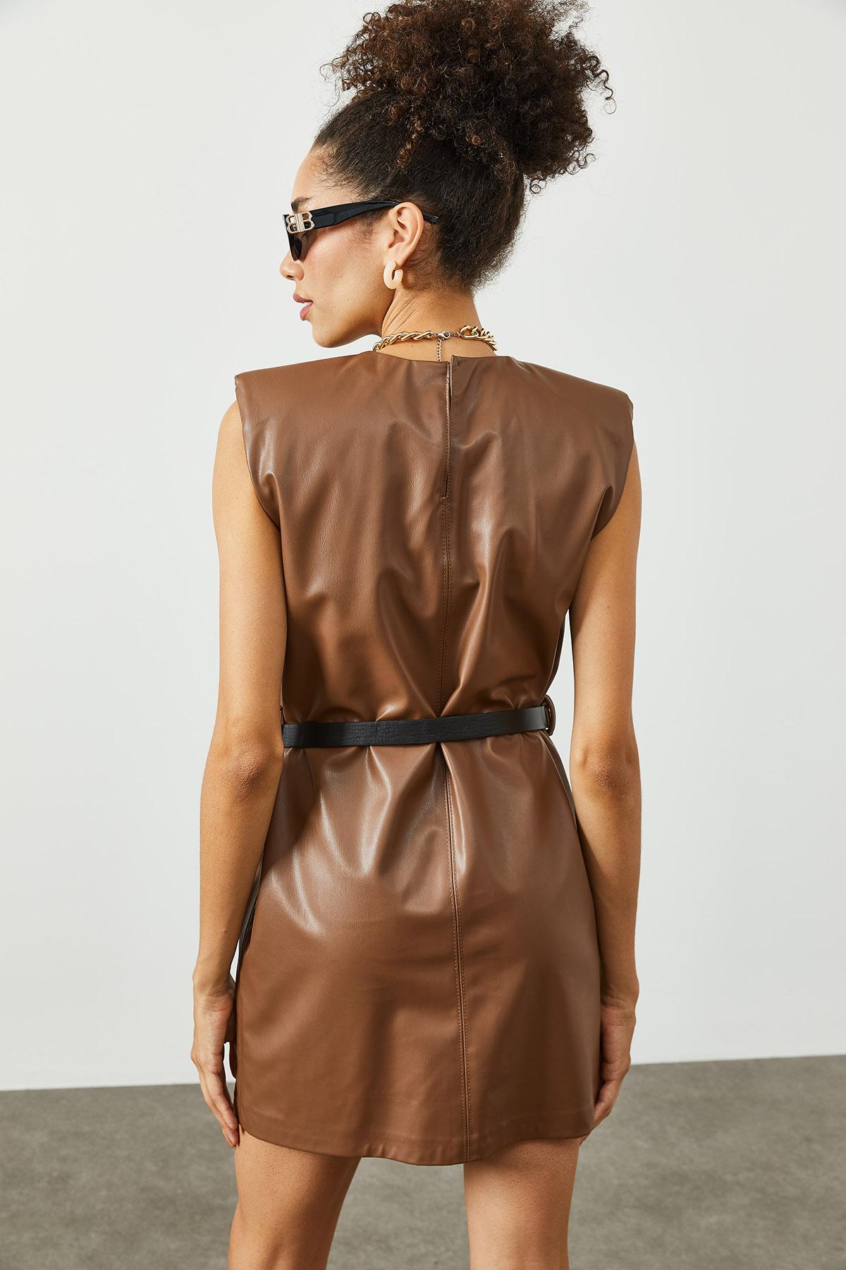 Kahverengi Vatkalı & Kemerli Deri Elbise 2KXK6-45393-18