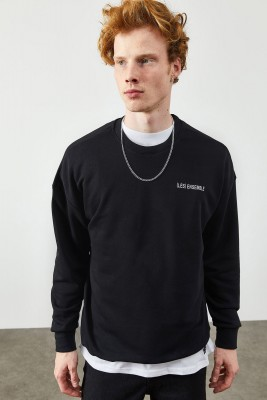Siyah Arkası Baskı Detaylı Sweatshirt 2KXE8-45365-02 - Thumbnail