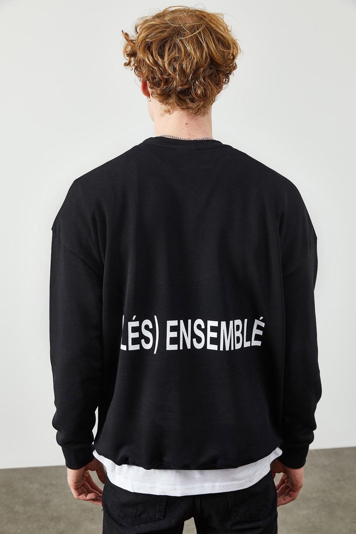 Siyah Arkası Baskı Detaylı Sweatshirt 2KXE8-45365-02