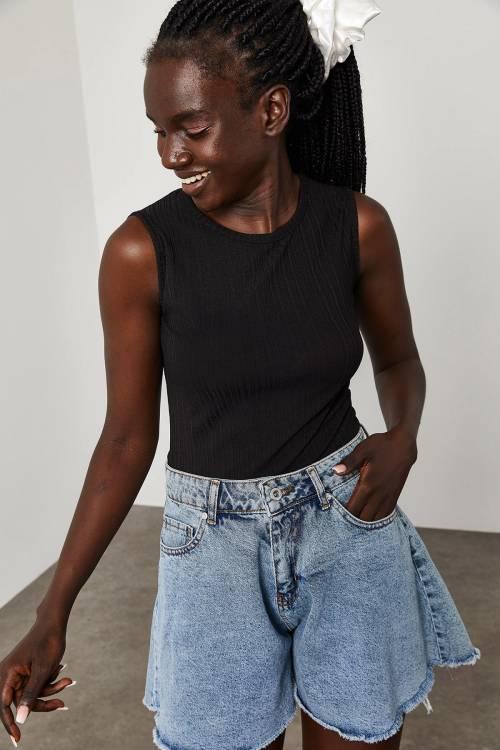 XHAN - Siyah Askılı Fitilli Bluz 1YXK2-45050-02
