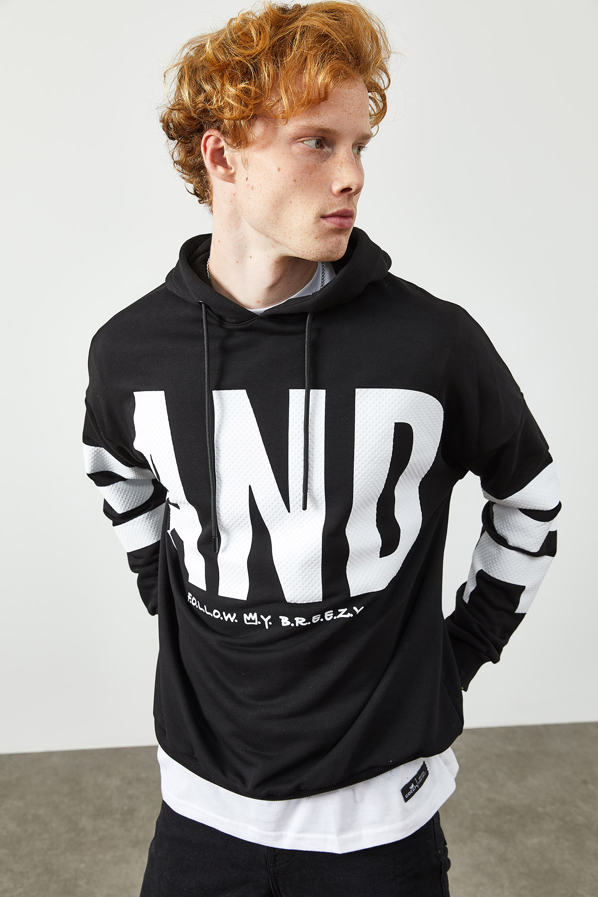 Siyah Baskılı Kapüşonlu Sweatshirt 2KXE8-45372-02