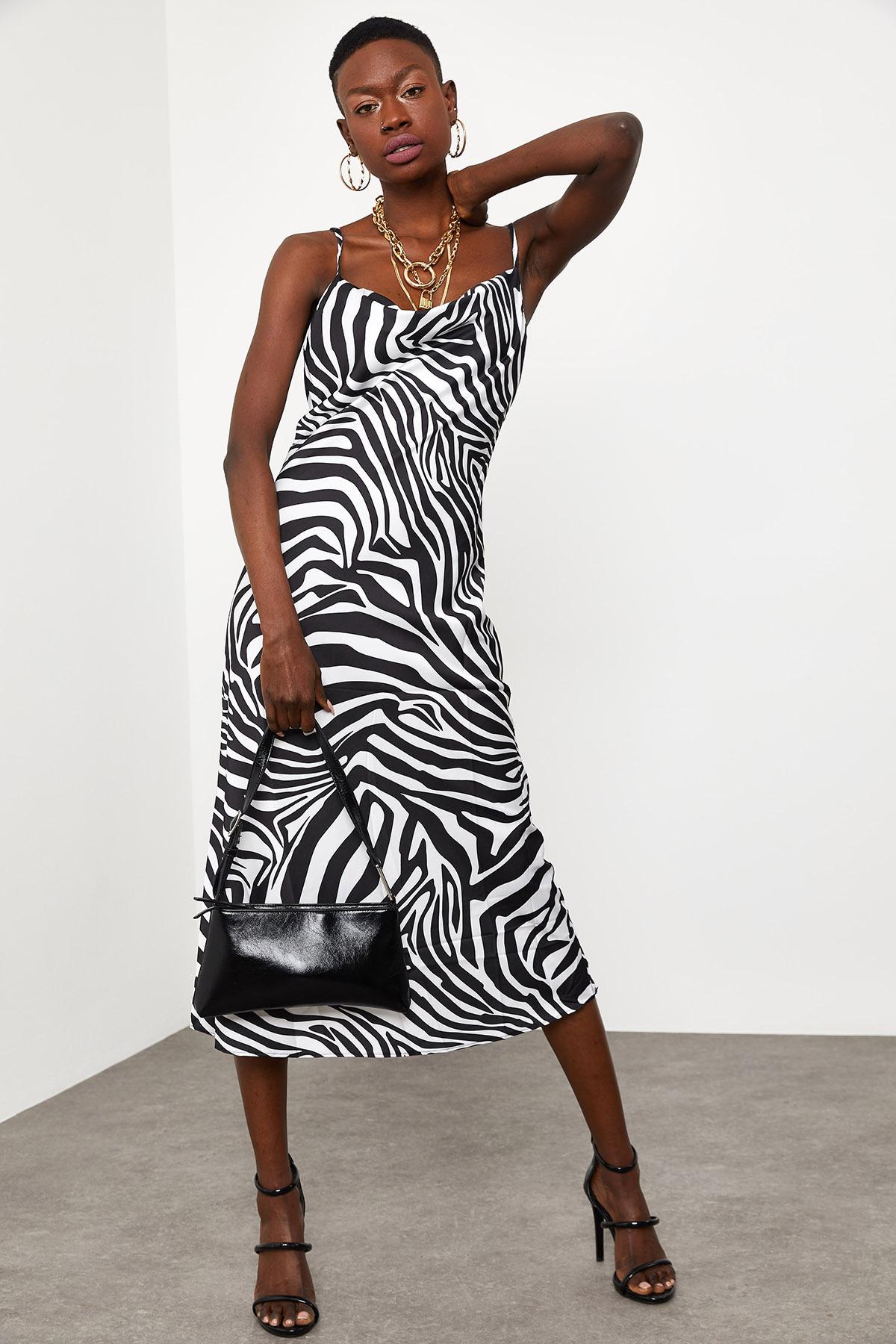 Siyah & Beyaz Zebra Desenli Saten Midi Elbise 1KXK6-44829-86