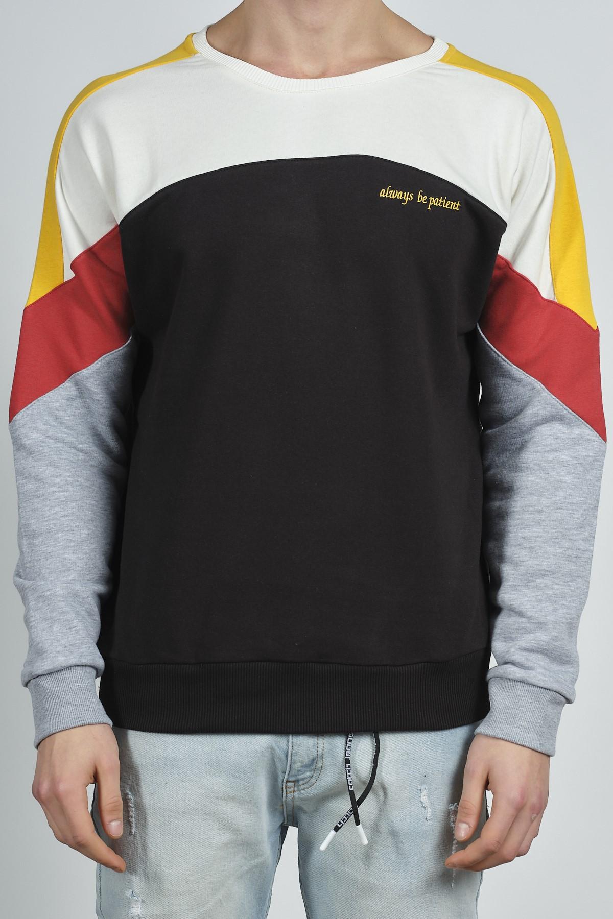 - Siyah Bloklu Baskılı Sweatshirt 1KXE8-44284-02