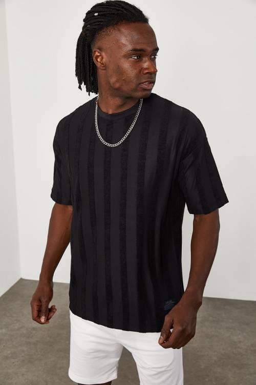 XHAN - Siyah Çizgi Detaylı İnce Örme T-Shirt 1YXE1-45087-02