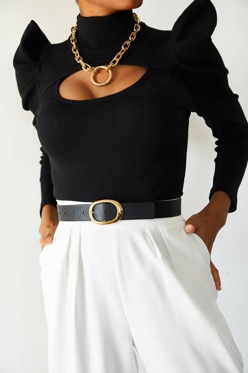 XHAN - Siyah Degaje Detaylı Dik Omuzlu Bluz 1YXK1-44926-02