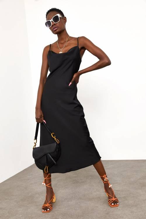 XHAN - Siyah Degaje Yaka Saten Elbise 1YXK6-45004-02