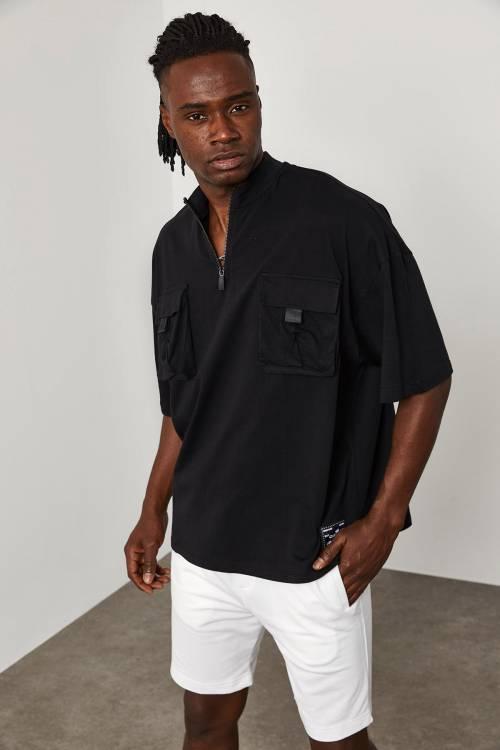XHAN - Siyah Fermuar & Cep Detaylı Oversize T-Shirt 1YXE1-45085-02