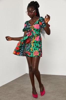 XHAN - Siyah Önü Büzgülü Çiçek Desenli Karpuz Kol Elbise 1YXK6-45070-02
